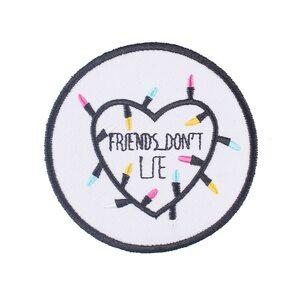 Нашивка Friends don't lie 7,5 см.