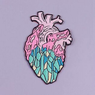 Нашивка Сердце изумрудное 9 см.