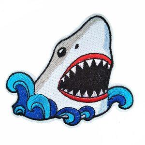 Нашивка Акула и волна 10 см.