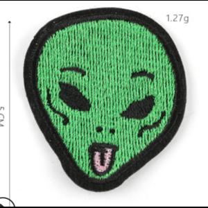 Нашивка голова Инопланетянина с языком 5 см.