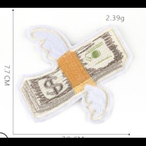 Нашивка Деньги с крыльями 8 см.
