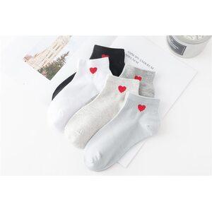 Носки Одно сердечко серые низкие