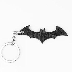 Брелок Бэтмен с гравировкой черный